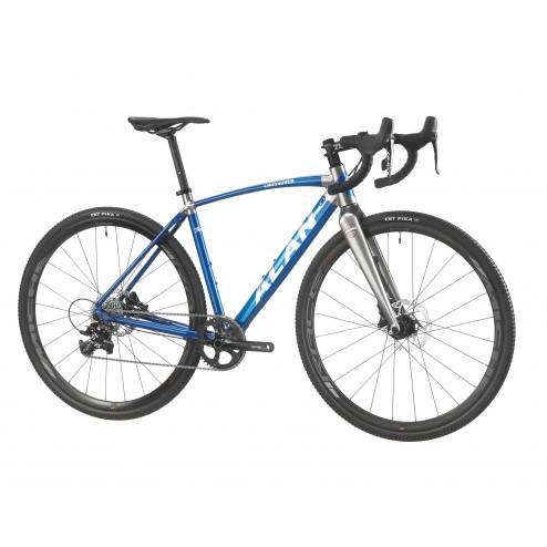Cyclocross Bike ALAN Crossover Design CV1 with SRAM Apex X1 hydraulic