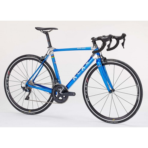 Roadbike ALAN Super Corsa Design S3 with Shimano Ultegra DI2