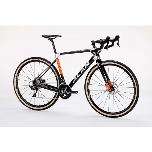Cyclocross Bike ALAN Xtreme Gravel Design XG1 with Shimano Ultegra DI2 R8050 hydraulic