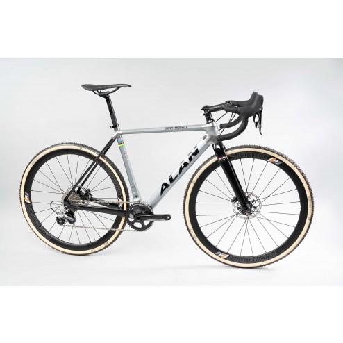 Cyclocross Bike ALAN Super Cross Race Design SCR3 with Shimano Ultegra DI2 hydraulic