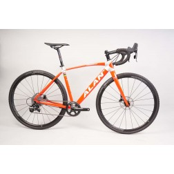 Cyclocross Bike ALAN Crossover Design CVR2 with SRAM Apex X1 hydraulic